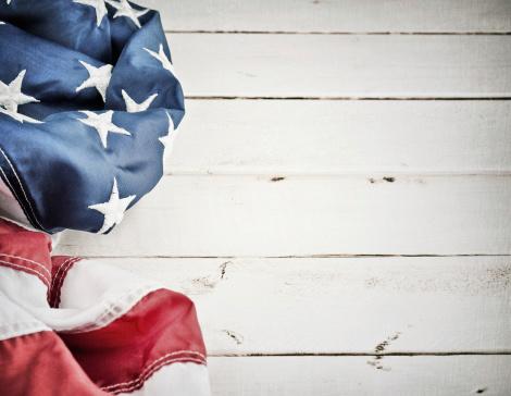 月「ビンテージ背景にアメリカの国旗」:スマホ壁紙(9)