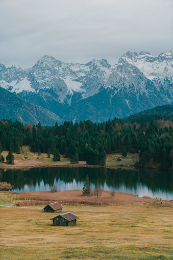 Eco Tourism「Scenic view of huts near the Gerold lake in Alps」:スマホ壁紙(6)