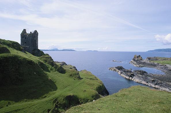 風景「Gylen Castle」:写真・画像(6)[壁紙.com]