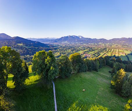 Brauneck「Scenic view of landscape from Sonnatraten against clear sky, Gaissach, Isartal, Isarwinkel, Upper Bavaria, Bavaria, Germany」:スマホ壁紙(7)