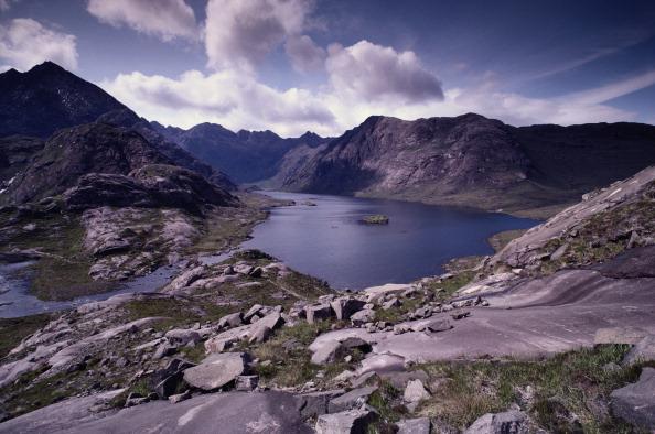 Mountain Range「Loch Coruisk」:写真・画像(15)[壁紙.com]