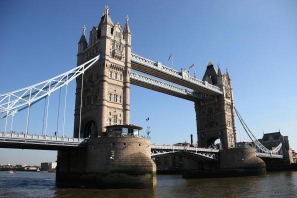 Bruce Bennett「Scenic Views of London」:写真・画像(2)[壁紙.com]