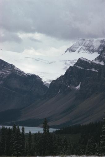 Eco Tourism「Scenic view of glacier on mountain with lake」:スマホ壁紙(3)
