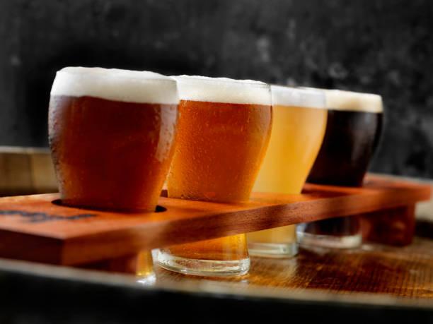 Craft Beer Sampler Tray:スマホ壁紙(壁紙.com)