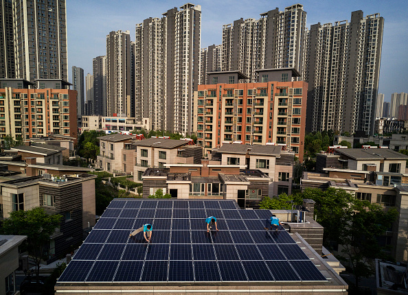 Environment「Solar Power Looks to Expand In China's Growing Cities」:写真・画像(4)[壁紙.com]