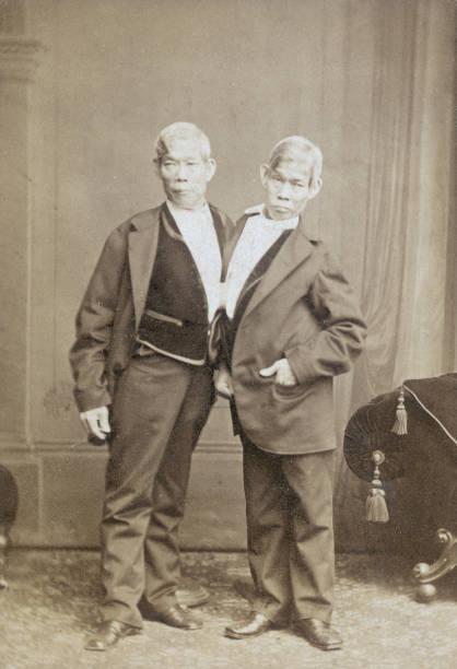 Chang And Eng:ニュース(壁紙.com)