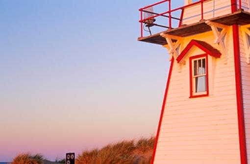 Beacon「Cove Head Lighthouse, Prince Edward Island National Park, Prince Edward Island, Canada  」:スマホ壁紙(10)