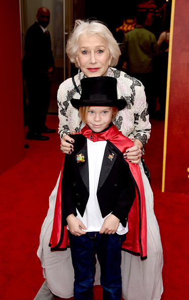 "El Capitan Theatre「Premiere Of Disney's ""Dumbo"" - Red Carpet」:写真・画像(8)[壁紙.com]"
