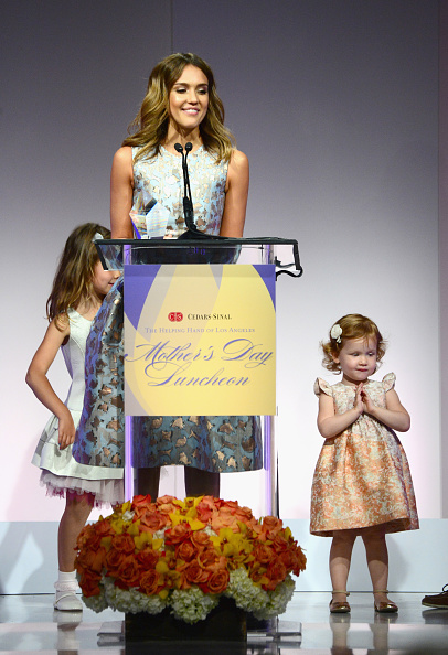 母の日「The Helping Hand Of Los Angeles Mother's Day Luncheon」:写真・画像(19)[壁紙.com]