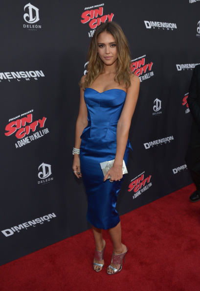 "Clutch Bag「""SIN CITY: A DAME TO KILL FOR"" Premiere Presented By Dimension Films In Partnership With Time Warner Cable, Dodge And DeLeon Tequila - Red Carpet」:写真・画像(7)[壁紙.com]"