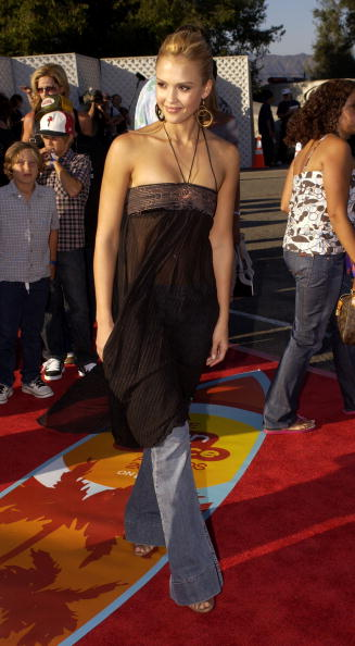 Sleeveless Dress「2004 Teen Choice Awards - Arrivals」:写真・画像(16)[壁紙.com]
