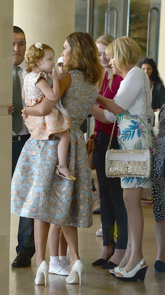 The Beverly Hilton Hotel「The Helping Hand Of Los Angeles Mother's Day Luncheon」:写真・画像(1)[壁紙.com]