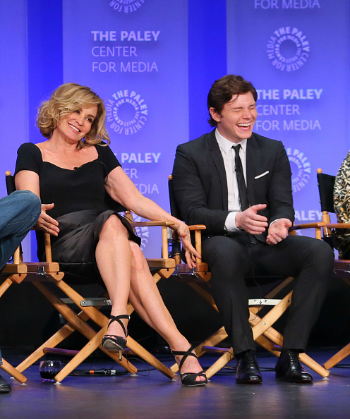 "Suede「The Paley Center For Media's 32nd Annual PALEYFEST LA - ""American Horror Story: Freak Show"" - Inside」:写真・画像(18)[壁紙.com]"