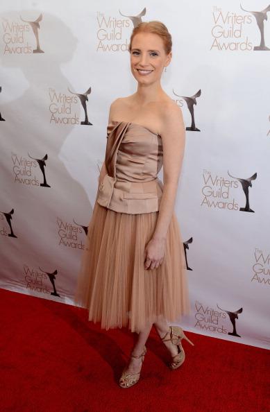Nude Colored Dress「2013 WGAw Writers Guild Awards - Red Carpet」:写真・画像(5)[壁紙.com]