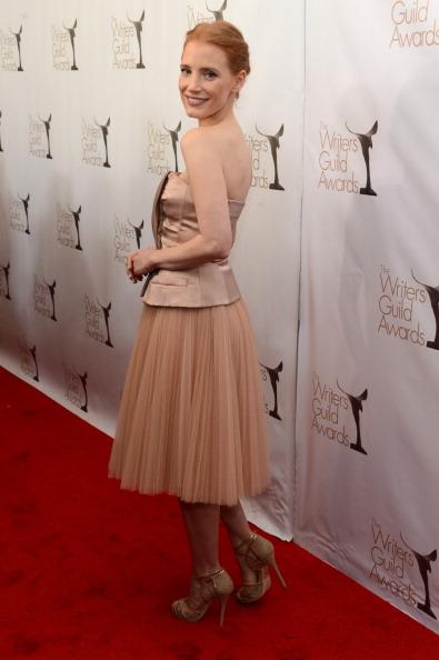 Nude Colored Dress「2013 WGAw Writers Guild Awards - Red Carpet」:写真・画像(3)[壁紙.com]