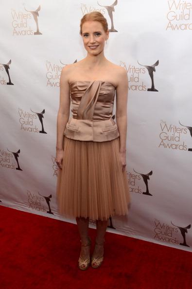 Nude Colored Dress「2013 WGAw Writers Guild Awards - Red Carpet」:写真・画像(4)[壁紙.com]