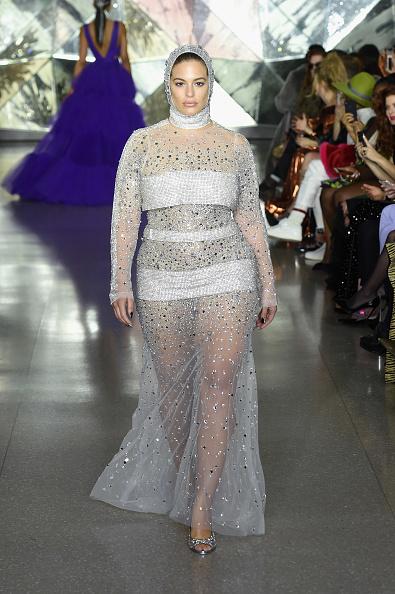 ニューヨークファッションウィーク「Christian Siriano - Runway - February 2019 - New York Fashion Week」:写真・画像(2)[壁紙.com]