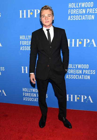 Black Suit「Hollywood Foreign Press Association's Grants Banquet - Arrivals」:写真・画像(10)[壁紙.com]