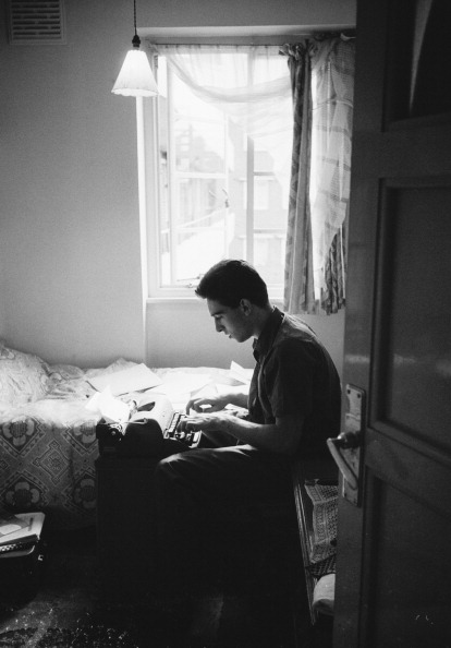 Writing「Hastings At Home」:写真・画像(19)[壁紙.com]