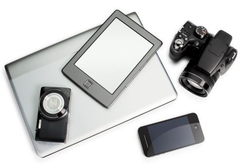 豊富「Smartphone, e-reader, digital camera and a laptop」:スマホ壁紙(17)