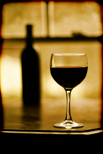 Sepia Toned「Red Wine Glass with Bottle in Background」:スマホ壁紙(13)