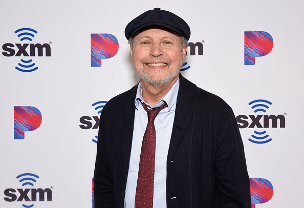 Billy Crystal「Billy Crystal Sits Down With SiriusXM Unmasked Host Ron Bennington at SiriusXM Hollywood Studios...」:写真・画像(2)[壁紙.com]