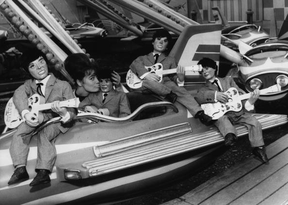 お祭り「Beatles Puppets」:写真・画像(9)[壁紙.com]