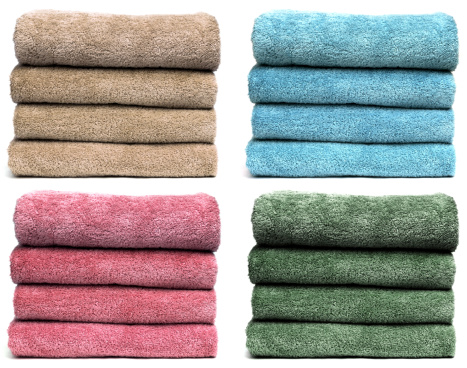 Laundry「Four Sets of Towels」:スマホ壁紙(12)