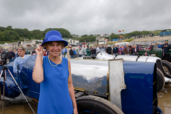 Finance and Economy「Sunbeam 350 Hp With Bluebird Fan Claire Meadows」:写真・画像(12)[壁紙.com]