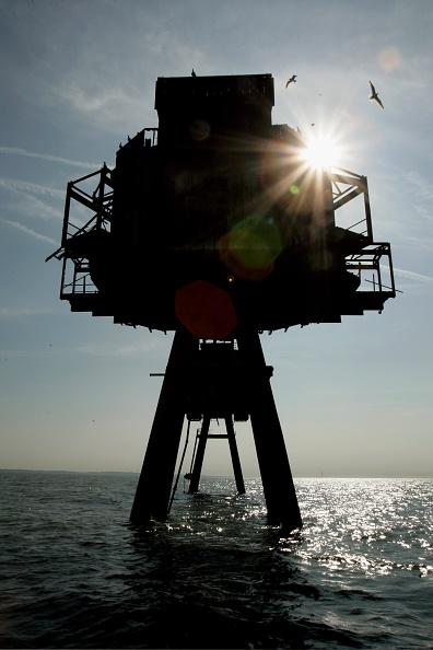 Magnet「Historic Redsands Fort Stand In Thames Estuary」:写真・画像(8)[壁紙.com]