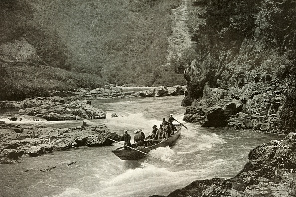 Continent - Geographic Area「Shooting The Rapids Of The Katsura-Gawa」:写真・画像(9)[壁紙.com]