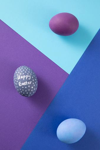 Color Block「Easter Egg on Multi Colored Background」:スマホ壁紙(19)