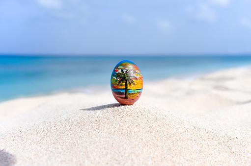 Gift「Easter egg on the beach, Barbados」:スマホ壁紙(13)
