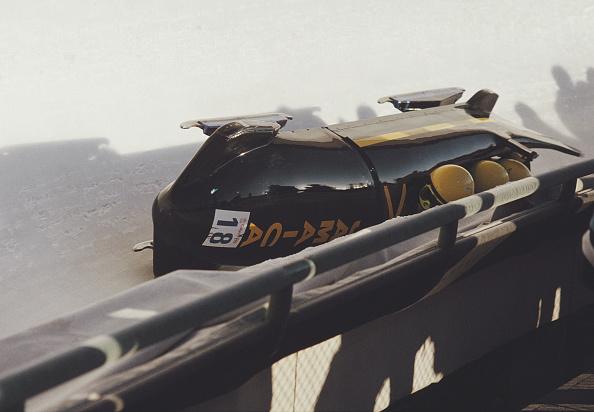 ボブスレー「XV Olympic Winter Games」:写真・画像(8)[壁紙.com]