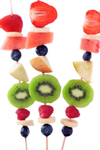 Kiwi「Fruits on skewers」:スマホ壁紙(0)