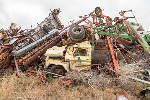 Moose Jaw「Vehicles at a municipal salvage yard」:スマホ壁紙(19)