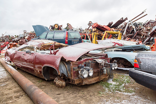 Moose Jaw「Vehicles at a municipal salvage yard」:スマホ壁紙(19)