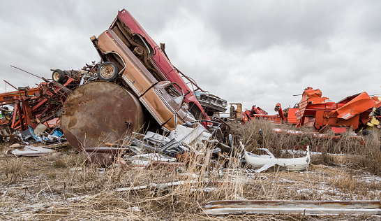 Moose Jaw「Vehicles at a municipal salvage yard」:スマホ壁紙(11)