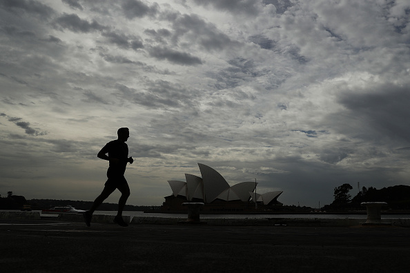 Sydney「Australians React As Tough Restrictions Are Introduced In Response To Coronavirus Pandemic」:写真・画像(2)[壁紙.com]