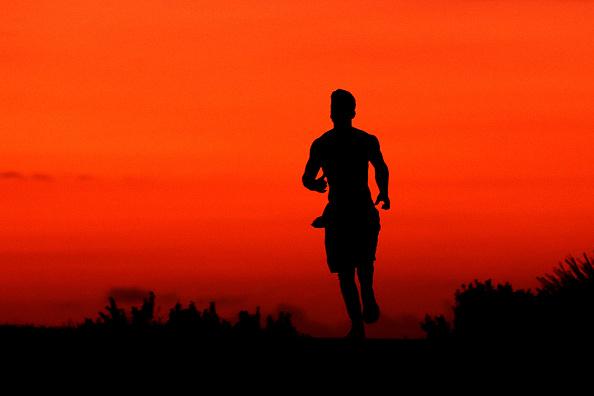 Jogging「Australians Adjust To Daily Life With Tough Restrictions During Coronavirus Crisis」:写真・画像(9)[壁紙.com]