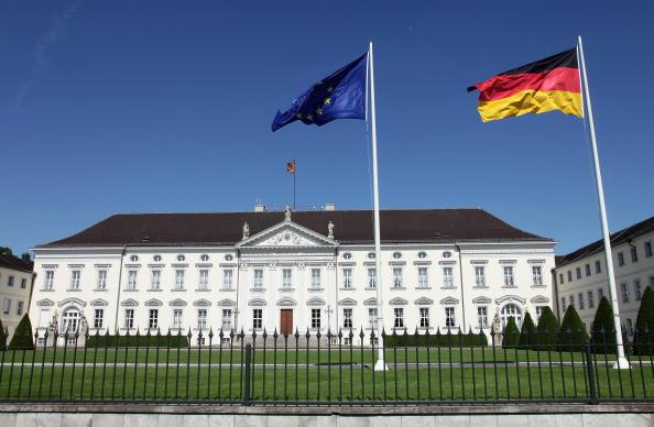 Schloss Bellevue「Interim President Boehrnsen Assumes First Duties」:写真・画像(0)[壁紙.com]
