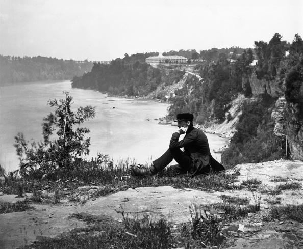 男性一人「On Table Rock」:写真・画像(15)[壁紙.com]