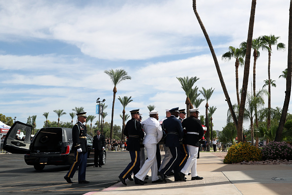 Arizona「Memorial Service Held For Sen. John McCain At North Phoenix Baptist Church」:写真・画像(18)[壁紙.com]