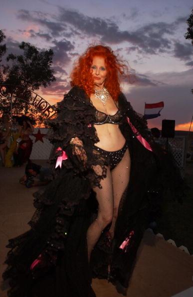 南国「Miss Exotic World Pageant Celebrates Burlesque」:写真・画像(4)[壁紙.com]