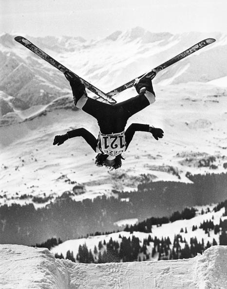 雪「Ski Aerobatics」:写真・画像(15)[壁紙.com]