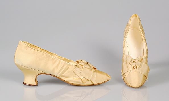 J「Evening Shoes」:写真・画像(13)[壁紙.com]