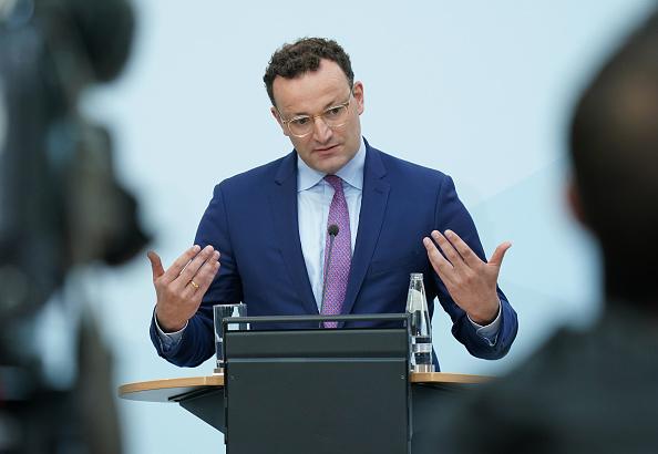 Incidental People「Health Minister Spahn Speaks Following Meeting Of EU Health Officials」:写真・画像(5)[壁紙.com]