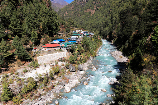 Khumbu「Dudh Koshi river valley at Jarsale village」:スマホ壁紙(16)