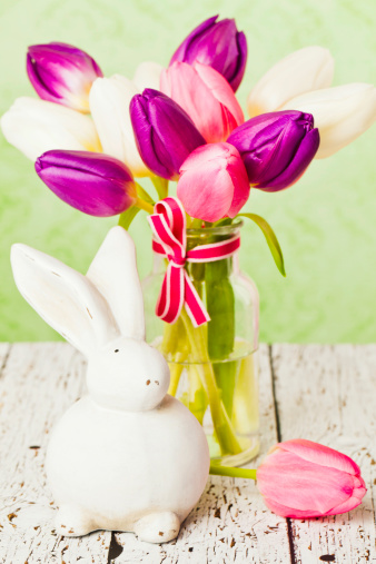 Baby Rabbit「Rustic Easter Still Life」:スマホ壁紙(9)