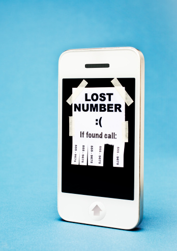 Lost「'Lost Number' poster taped on a smartphone」:スマホ壁紙(14)
